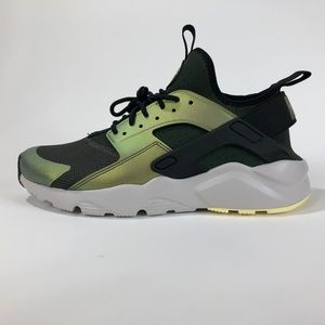 NIKE AIR HUARACHE RUN 875841-302